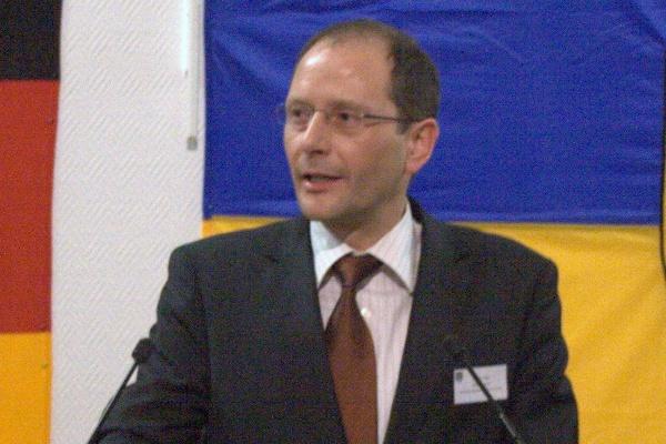 Sächsischer Innenminister beruft Kommission zur Neuordnung des Verfassungsschutzes