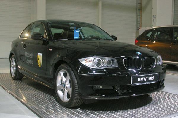 BMW steigert auch im ersten Halbjahr 2012 seinen Fahrzeugabsatz